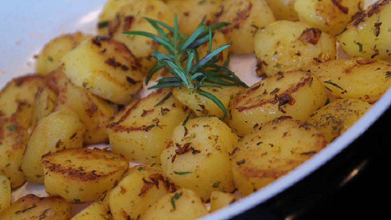 Vzdáváte se brambor a sacharidů v nich? Obsahují i kvalitní bílkoviny pro naše svaly! 3