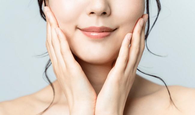 Ženy stráví až 2 roky života líčením! 6 tipů jak si ušetřit čas 1