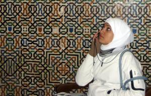 2442311637 00dd6a3d45 z 300x191 Ženy v Evropě touží po Islámu – jde o moderní trend nebo vyšší duchovní sílu?