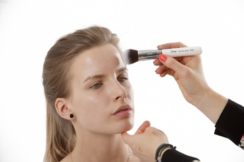 cosmetic brush 1490883407 500x332 Výběr kosmetických štětců 2. část   Kde je pořídit a jak o ně pečovat?