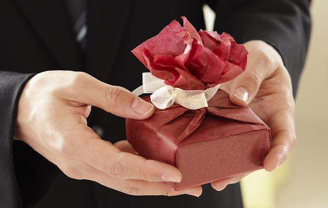 Jak nakoupit dárky levněji  1