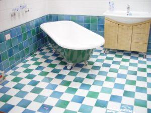 koupelna 300x225 Funkčnost koupelny ovlivníte výběrem koupelnových obkladů