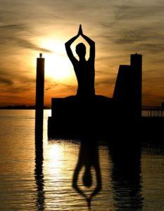 meditation 338446 640 233x300 Zdravý životní styl, relaxace a životní změna