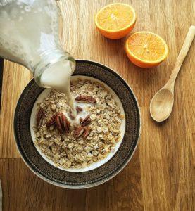 Dvě zdravé snídaně z ovesných vloček 3