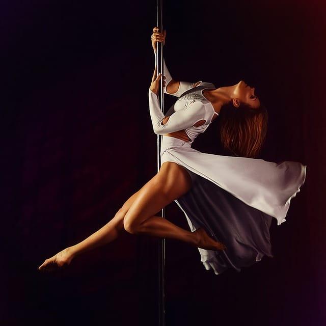 Pole Dance tvaruje postavu snů, začněte už dnes! 16