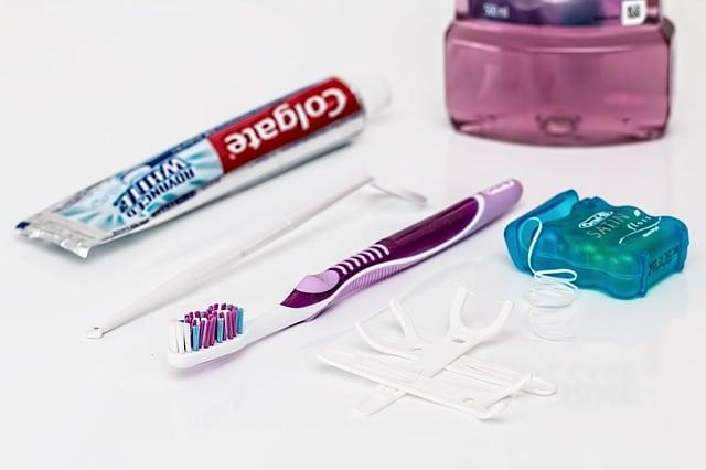 Čištění zubů v kostce 1. část – Jak často a čím si je čistit? 4